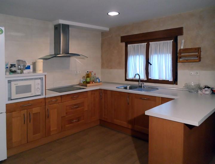 Reforma cocina salón rústico